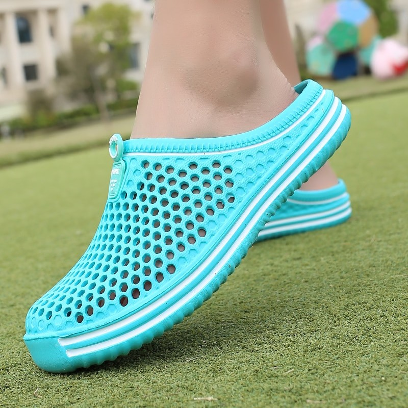 Fashion Sandals Hollow Out Breathable Beach Slippers Women