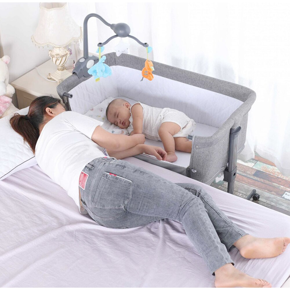 Mumsmile European Style Baby Bed Multifunctional Newborn Solid Wood Bedside Crib Portable Splicable With Mosquito Net storagebag